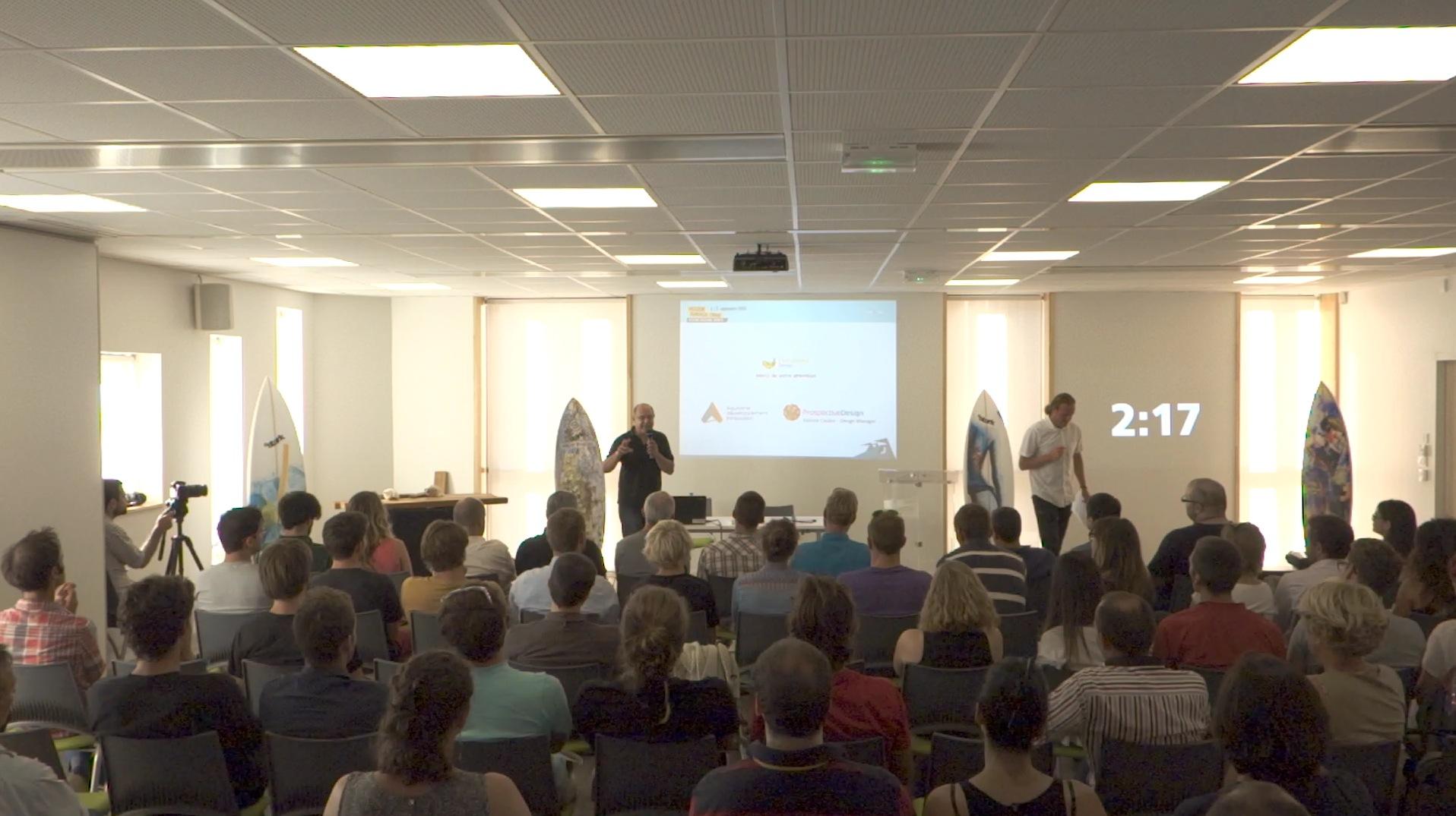Une salle attentive de voir les intervenants invités à parler de leurs expériences !