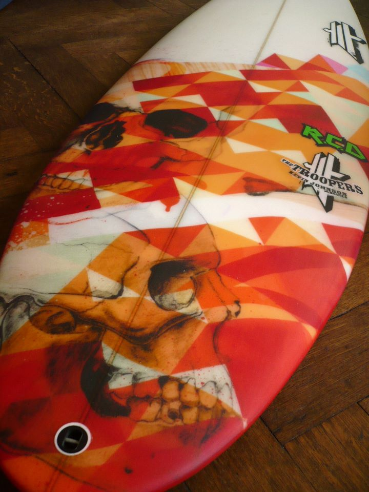 planche-de-surf-deco-orange-uwl-surf-designs